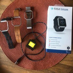 Fitbit Blaze Smart fitness Watch small 3 bands